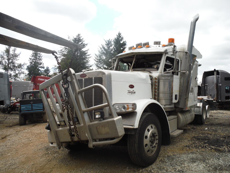 P120 – Peterbilt 388 | Payless Truck Parts