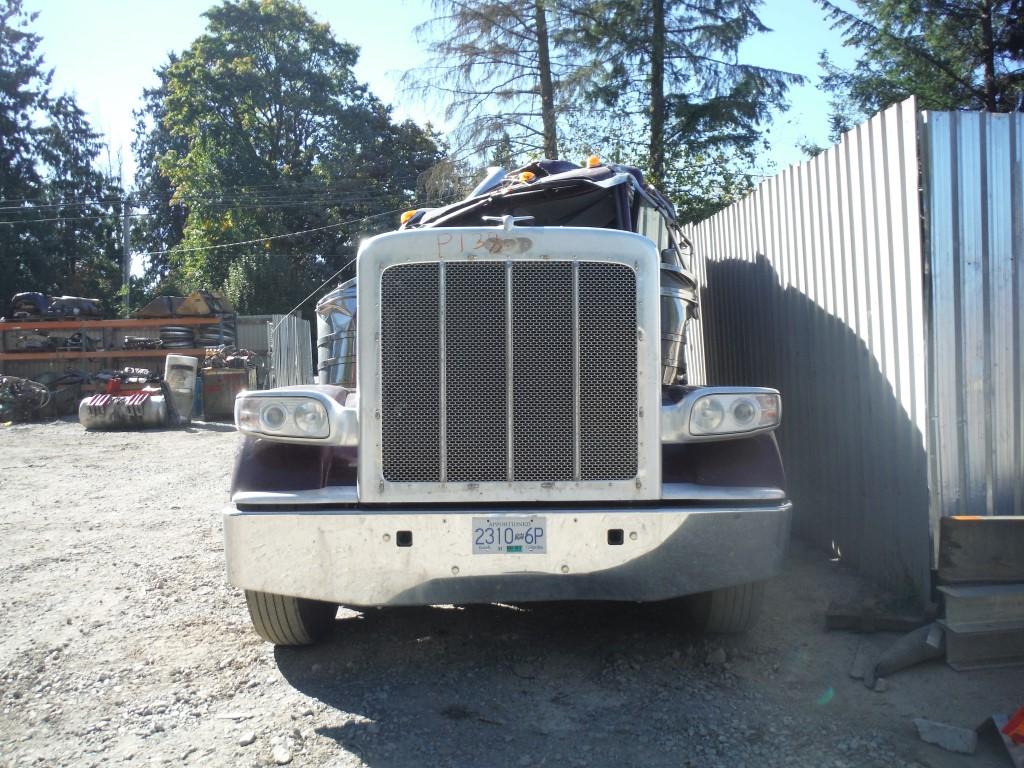 P138 – 2015 Peterbilt 389 | Payless Truck Parts
