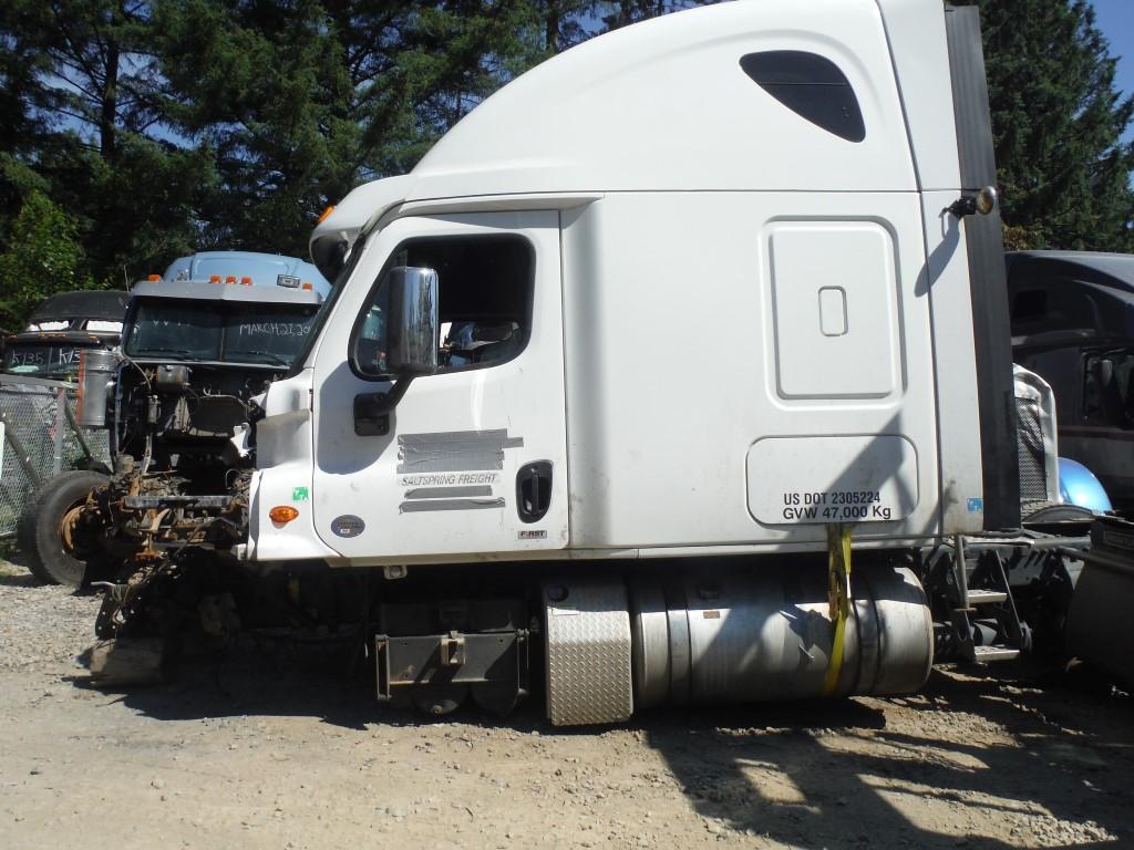 F197  U2013 2015 Freightliner Cascadia