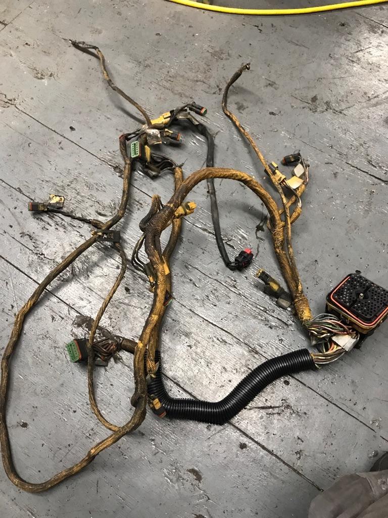 Cat C15 Engine Wiring Harness | Payless Truck PartsPayless Truck Parts