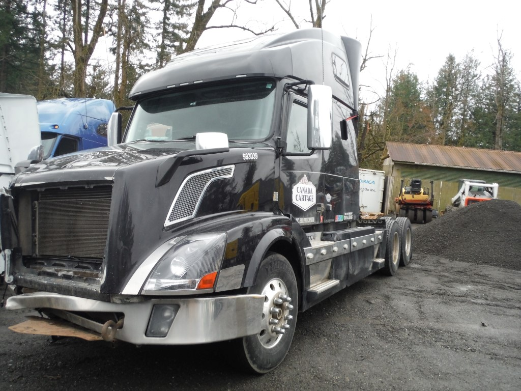V173 – 2014 Volvo VNL | Payless Truck Parts