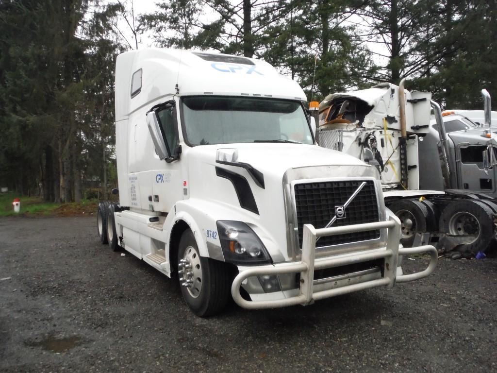 V175 – 2015 Volvo VNL | Payless Truck Parts