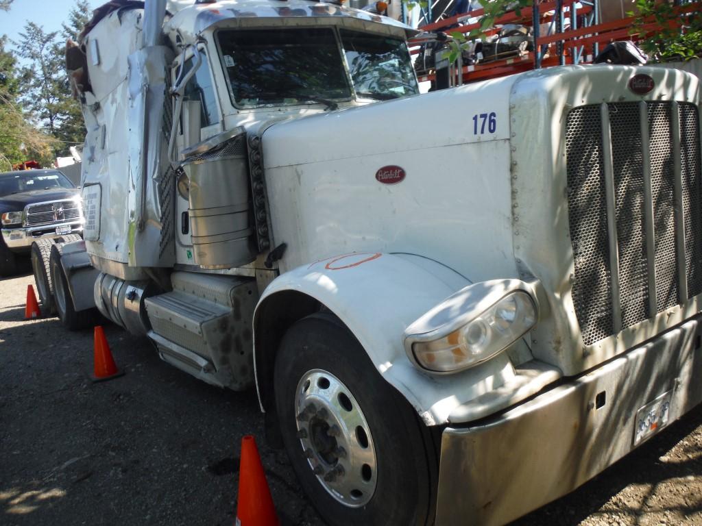 P170 -2012 Peterbilt 389 | Payless Truck Parts