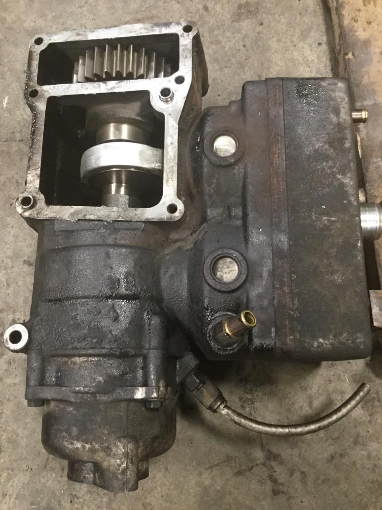 International MAXXFORCE 11 /& 13 Engines OEM Fuel Filter Kit Water Separator