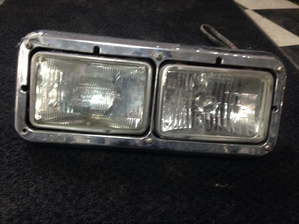 2006 Kenworth W900 Headlamp Assembly | Payless Truck Parts