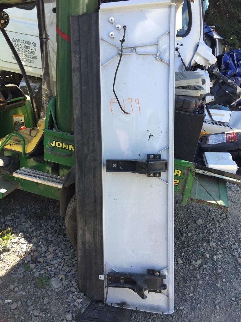 2016 Freightliner Cascadia Sleeper Fairing   Payless Truck Parts